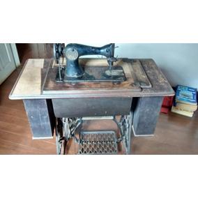 Maquina De Costura Antiga (rara)com 6 Gabinetes.
