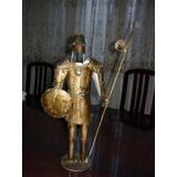 Escultura De Hombre Con Armadura De Hierro Forjado.