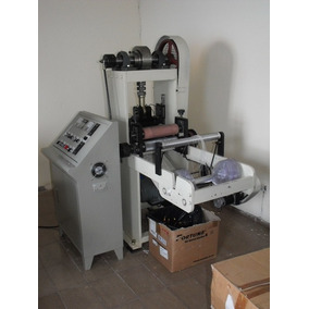Uma Máquina Automática De Fabricar Lantejoulas