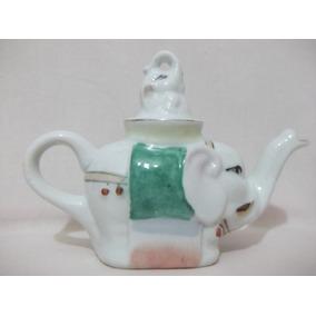 B. Antigo - Bule Formato De Elefante Em Porcelana Chinesa