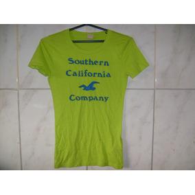 Camiseta Hollister Menina Mulher Tamanho M 60cm X 38cm X34cm