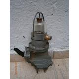 Bomba De Gasolina Antiga Com Copo De Vidro - P/ Restauração