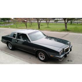 Chevrolet Camaro No!!. Coupe Pontiac Grand Prix V8-350..1982