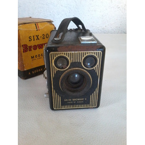 Camera Fotografica Kodak Brownie Six-20 Model E With Flash
