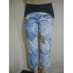 Calça Tipo Customizada Jeans Com Taxões E Parte Colorida 38