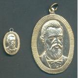 2 Medalhas Pingente Em Homenagem A João Teodoro (15982)