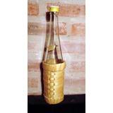 Botella Vacía De Vino Alta Con Canasto Porta Botella
