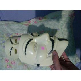 Mascara Anonymos Em Plastico