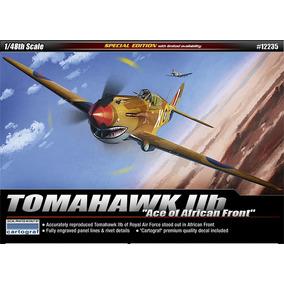 Avião P-40 B Tomahawk Academy 1/48 Tipo Kit Revell E Tamiya
