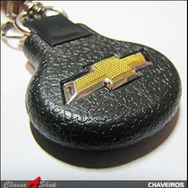 Chaveiro Gm Chevrolet Emborrachado Gravata Dourada Relevo