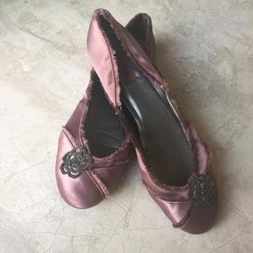 Sapatilha De Cetim Com Broche Shoestock