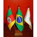 Kit Bandeira De Mesa Com 3 Mastros - Alt 31 Cm