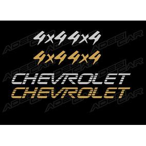 Adesivo Da S10 2000 Kit C/ Dois 4x4 E Um Nome Chevrolet