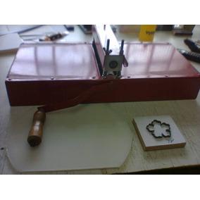 Máquina De Corte E Vinco Manual -tamanho Baby + Placa De Pvc