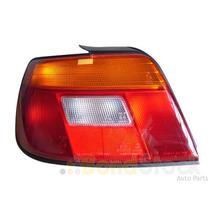Lanterna Traseira Esquerda Do Daihatsu Charade Sedan