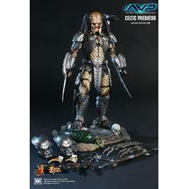 Hot Toys - Alien Vs Predador - Celtic Predator - 1:6 Figure
