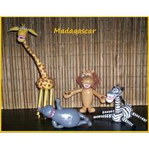 Adorno De Torta Madagascar Porcelana Fria