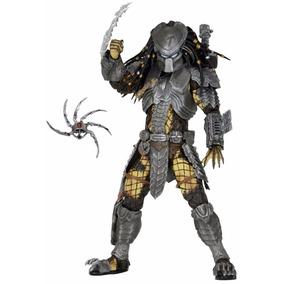 Masked Scar Predator - Series 15 - Neca
