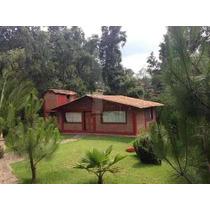 Se Renta Bonita Cabaña-suite En Mazamitla, Jalisco. Cuenta Con Amplias Áreas Verdes Y Esta En Zona Boscosa, Tiene 1 Habitación, 1 Baños Completos, Estacionamiento Con Cancel, Boiler, Televisión Con C