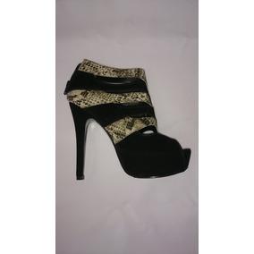 Sapato Feminino Abotinado Jessica Girls.
