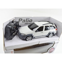 Palio Weekend Adventure Branca Novo 1:18 - Controle Remoto