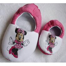 Pantufas Minnie Mickey Peppa Hulck Minions Bob Esponja