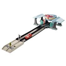 Brinquedo Cars Pista Radiator Springs Carros Mc Queen Mattel