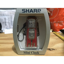 Mini-relógio Sharp Vermelho Em Formato De Bomba De Gasolina