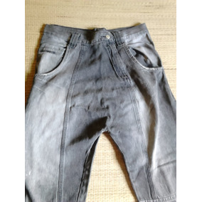 Calça Jeans Masculina Saruel Algumas Manchinhas Na Barra