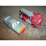 Disney Pixar Cars Red Bombero Y Darrell Cartrip