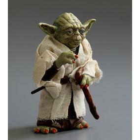 Miniatura Mestre Yoda Star Wars 12cm Pvc Perfeita!!!
