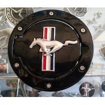 Mustang 2005 2009 Tapa Gasolina Emblema Caballo Bandera Negr
