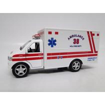 Caminhão Ambulância Miniatura - Replica Ambulância Eua