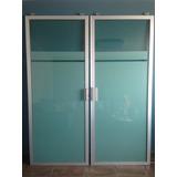 Puertas Corredizas De Aluminio Y Vidrio Tintex Verde.