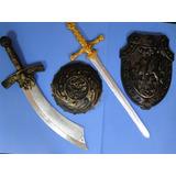 02 Escudos + 02 Espadas Pirata Medieval