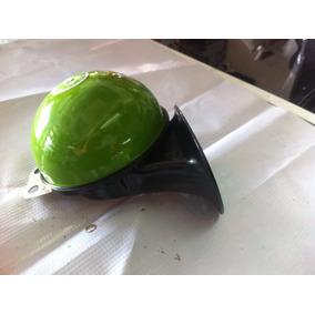 Cornetas Caracol Con Tono Igual Tipo Tren Color Verde,nuevo