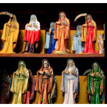 Figura De La Santa Muerte Incluye Biblia De Santa Muerte
