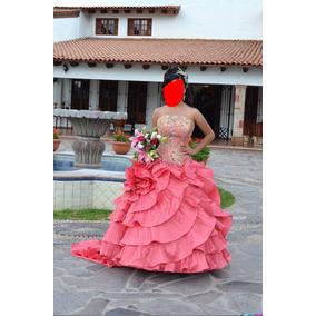 Vestido Xv Años, Incluido Su Tocado Y Accesorios.