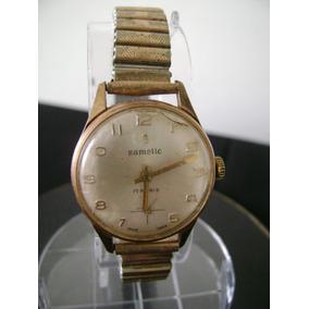 2fbf3799a11 Antigo Relógio De Pulso Feminino Em Plaquê De Ouro A Corda