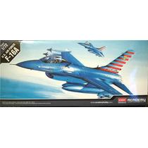Avião F-16 Falcon Academy 1/72 Kit Para Montar