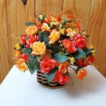 Arranjo De Flores Artificiais- Botões De Rosas Tam: 25x25