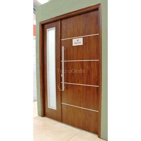 Puerta de cedro para exterior aberturas puertas for Madera para puertas exteriores