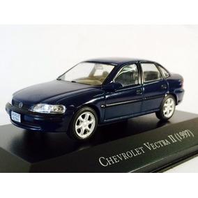 Miniatura De Chevrolet Vectra Ii 1997 Azul 1:43 Ixo