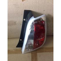 Lanterna Traseira Direita Fiat 500 2010 A 2014