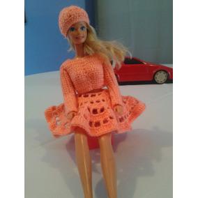Conjunto Tejido De Falda Y Blusa Y Otros Para Muñeca Barbie