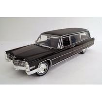 Cadillac 1966 Carroza Funebre Esc 1:18 Greenlight Presición