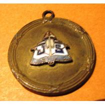 Medalla Antigua Liceo Suarez 1949 Con Esmalte Diametro 3 Cms