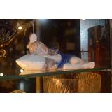 Figura De Niño Con Almohada Y Oso Durmiendo Copenhagen