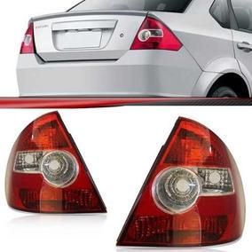 Lanterna Fiesta Sedan 04 05 06 07 08 09 10 Bicolor