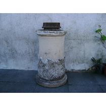 Antigua Base De Cemento Para Bomba De Agua
